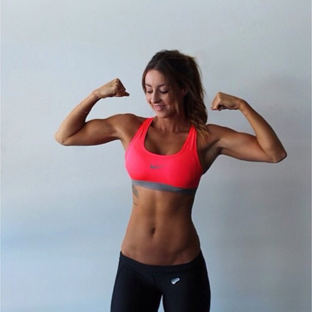top exercise clothes