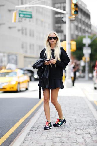 victoria tornegren blogger sweater skater skirt nike sneakers black blonde hair platinum hair