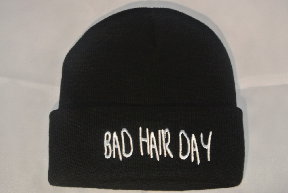 Bad Hair Day beanie Black and White  / Snapback Village