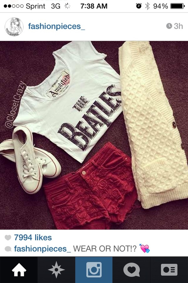 t-shirt red shorts white cream the beatles shorts sweater