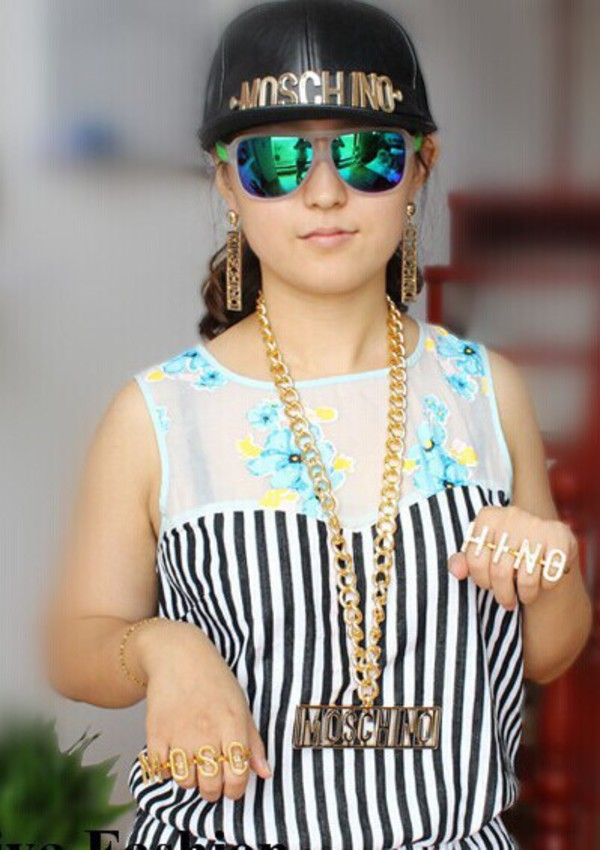 jewels ring necklace hat moschino