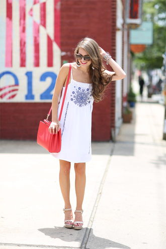 southern curls and pearls blogger dress bag shoes sunglasses jewels make-up