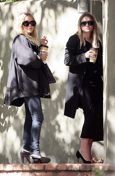 olsen sisters blogger sunglasses coat jeans