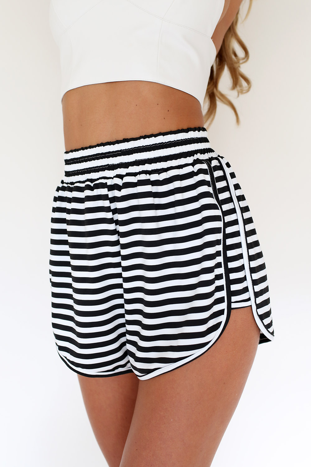 Cable stripe shorts