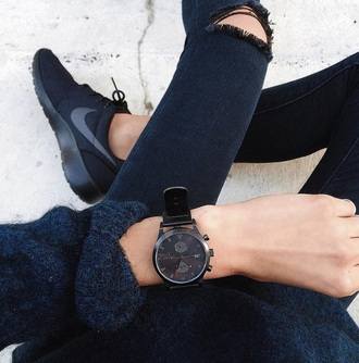 shoes nike black watch sneakers nike sneakers jewels jeans sweater watch dark blue ripped ripped jeans cool style cool style women's watch black tumblr aesthetic grunge