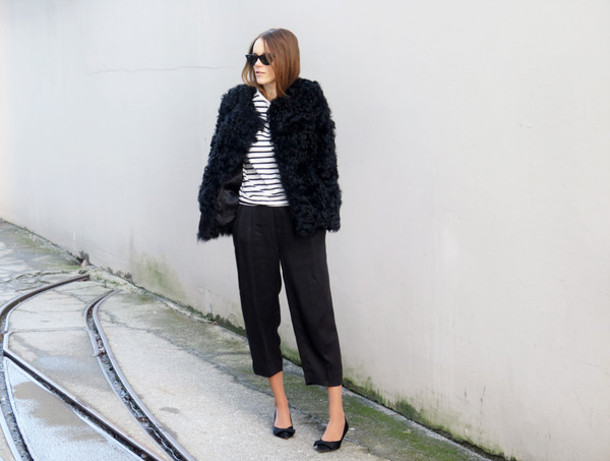 sara strand blogger shoes sweater jacket sunglasses