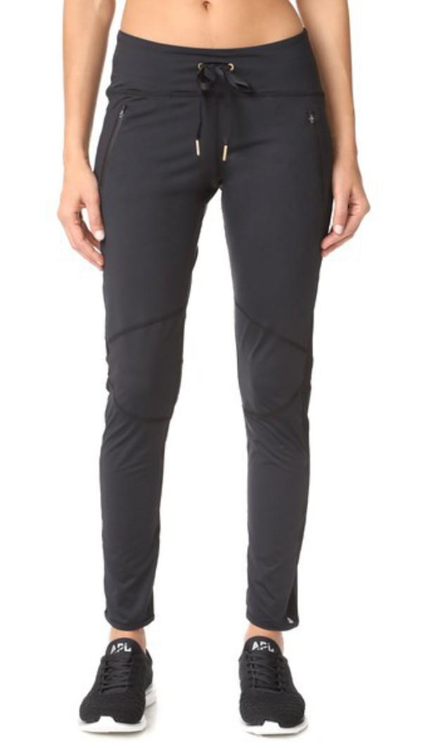 ALALA Fast Track Pants in black