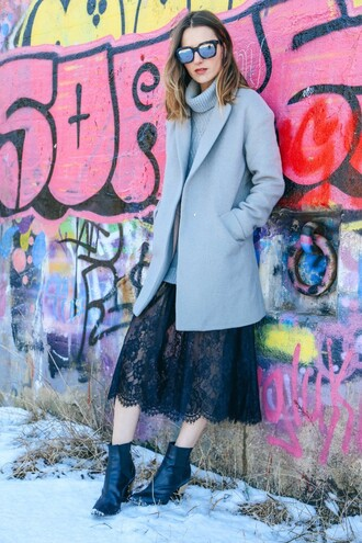 prosecco and plaid blogger coat shoes sunglasses lace skirt black skirt grey sweater grey coat