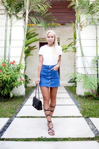 victoria tornegren blogger white t-shirt button up skirt denim skirt strappy flats