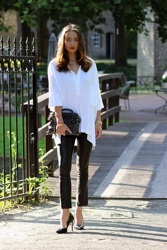 mode d'amour blogger leather leggings white blouse