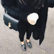 bag,tumblr,minimalist bag,black bag,shoulder bag,cardigan,black cardigan,jeans,black jeans,shoes,loafers,gucci,gucci shoes,gucci princetown,flats,black flats,all black everything,black loafers