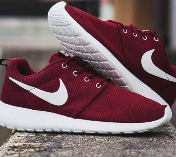 Best Of Nike >> VNDS Sold Out Nike Roshe Run Team Red Sail Burgundy Maroon Sz 9 5 511881 610 | eBay