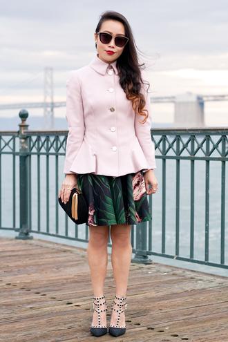 it's not her it's me blogger tropical clutch pink coat dress coat bag