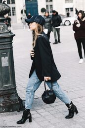 hat,tumblr,boots,black boots,ankle boots,high heels boots,bag,black bag,denim,jeans,blue jeans,black blazer,blazer,black cap,cap,streetstyle,fall outfits,miroslava duma,androgynous,black baseball hat