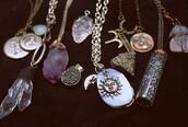 jewels,necklace,crystal neckalce,crystal pendant necklace,choker necklace