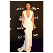 dress,golden globes 2015 after party,selena gomez,white dress,shoes,jimmy choo,sandals,clutch,earrings,selena gomez's white dress,maxi,celebrity style,v neck dress,gold dress