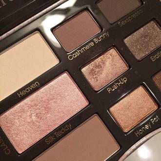 make-up eye shadow pretty cute hot black brown pastel kanye west yeezy dress pale kylie jenner