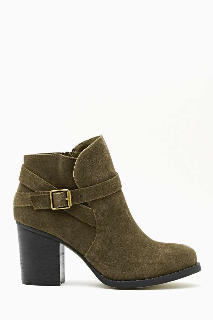 Shoe Cult Lennox Boot - Olive in  Shoes Boots at Nasty Gal