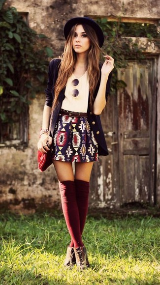 hat round sunglasses fall outfits boots boho skirt chic hipster indie outfit warm socks classy aztec