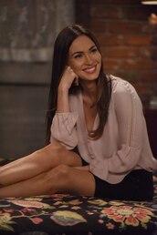 shirt,nude shirt,new girl,megan fox,celebrity,actress,tv show,skirt,mini skirt,black skirt,long sleeves