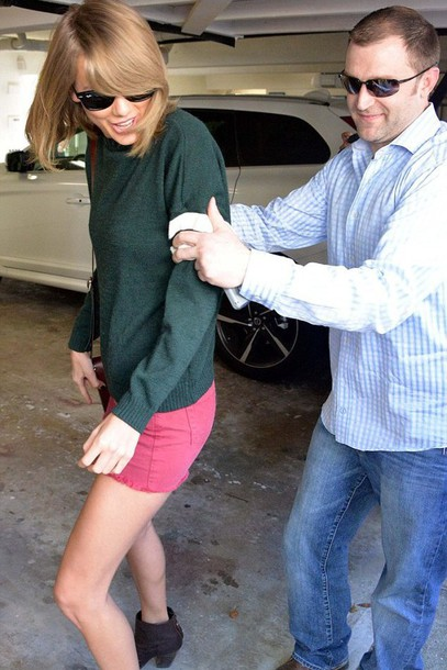 sweater taylor swift