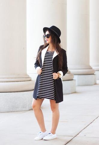 carly maddox blogger dress hat striped dress black dress