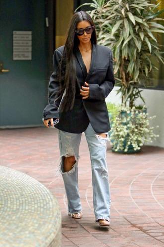 jeans blazer ripped jeans kim kardashian fall outfits kardashians streetstyle jacket