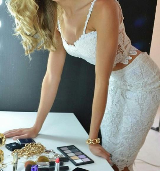 girly lace