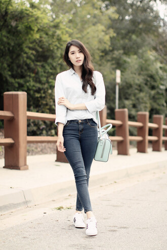 clothes to youuu blogger jeans shoes coat shirt sneakers skinny jeans spring outfits