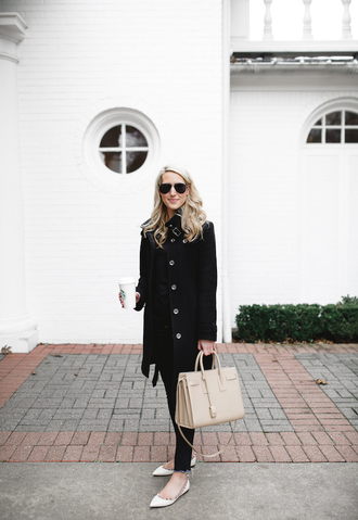 krystal schlegel blogger jeans coat t-shirt bag sunglasses black coat winter outfits nude bag handbag ballet flats