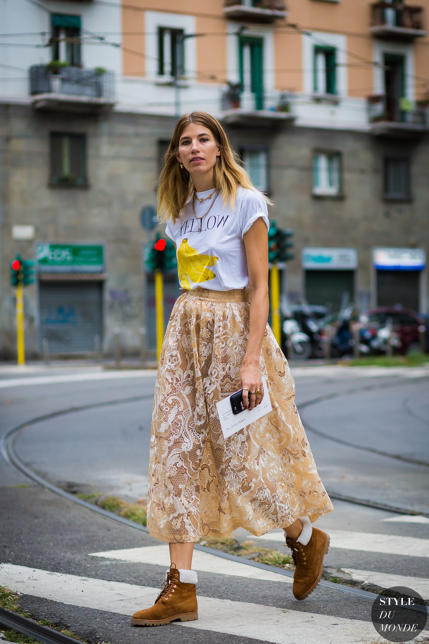 Golden chain necklaces - STYLE DU MONDE | Street Style Street Fashion Photos