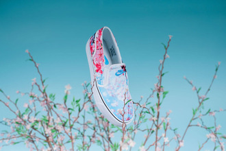 shoes cherry blossom flowers pink flowers floral fleur nike nike shoes