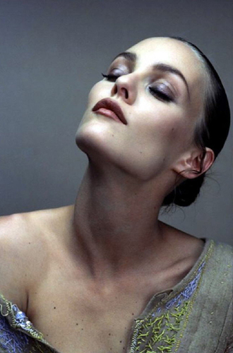 make-up vanessa paradis lipstick eye makeup eye shadow blouse