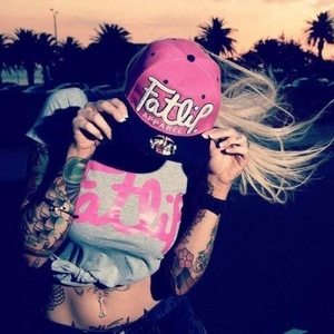 Blond3y