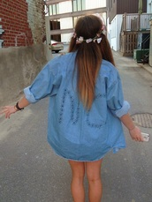 blouse,jeans,summer,oversized,blue,blue jeans,hat,jewels,jacket,acessories,flowers,floral headband,no,floral jacket,denim,light blue,black writing,button up,hipster,shirt,flannel shirt,flannel,tumblr,tumblr girl,denim shirt,flower crown,large,vintage,cardigan,style,oversized sweater,indie,design,long dress shirt,oversized denim shirt