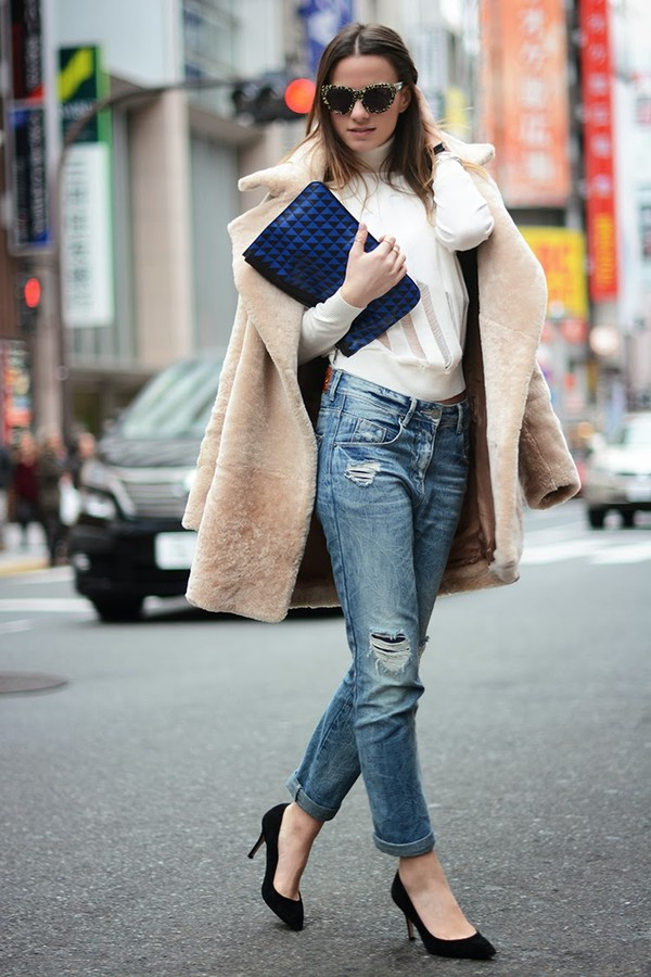 fashion vibe jeans shoes sweater coat bag sunglasses