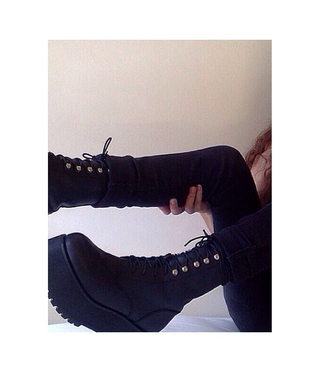 shoes boots grunge instagram girl pretty black laced