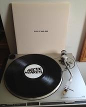 home accessory,record player,vinyl,arctic monkeys,arctic monkeys vinyl,arctic monkeys record players,arctic monkeys vintage