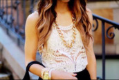 shirt,jewels,top,fashion outfits,outfit,fashion,girly,blouse,lace blouses