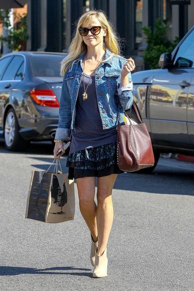 jacket denim jacket skirt bag reese witherspoon boots sunglasses