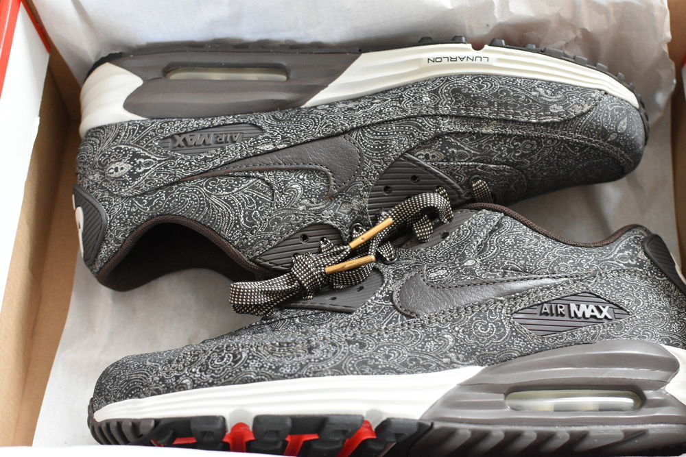 nike air max lunar 90 premium qs suit and tie pack