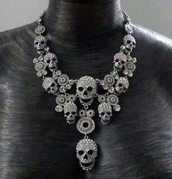 jewels,skull,necklace,silver