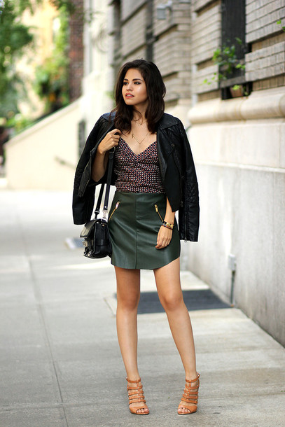 fake leather blogger jacket sunglasses jewels bag