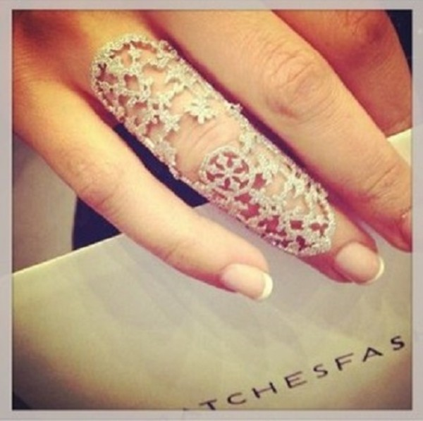 jewels ring shield ring silver ring snowflake cute versace coachella ring juicy couture miley cyrus argent?e