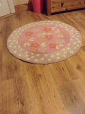 home accessory,pink