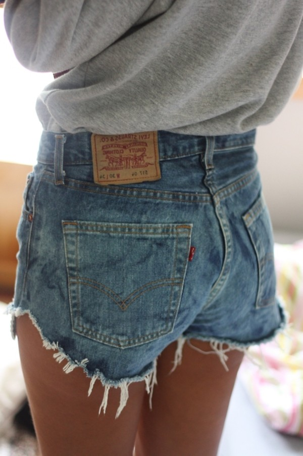 Levi Womens High Waisted Denim Shorts 34-35 inch waist Uk 12/14 US ...