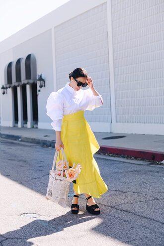 skirt maxi skirt apron skirt shirt balloo sleeves platform sandals sunglasses tote bag blogger blogger style