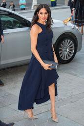 shoes,navy,navy dress,meghan markle,celebrity,asymmetrical,asymmetrical dress,pumps