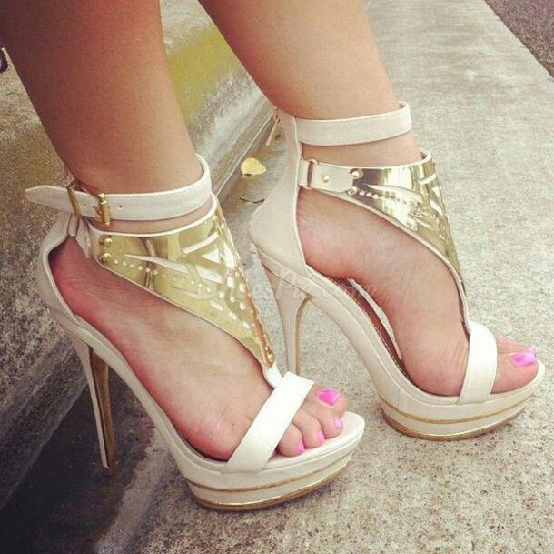 Shoes: sneakers sandals heelos high heels medium heels ndue