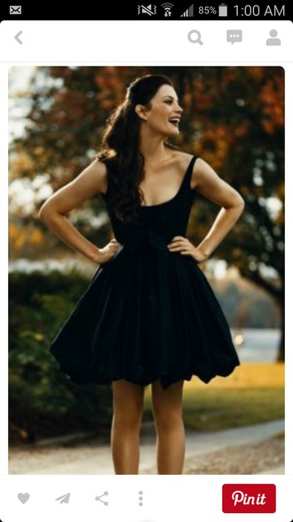 dress black short straps fit and flare fit and flare dress cute formal black dress short dress poofy poffy dress poffy skirt scoop neck scoop